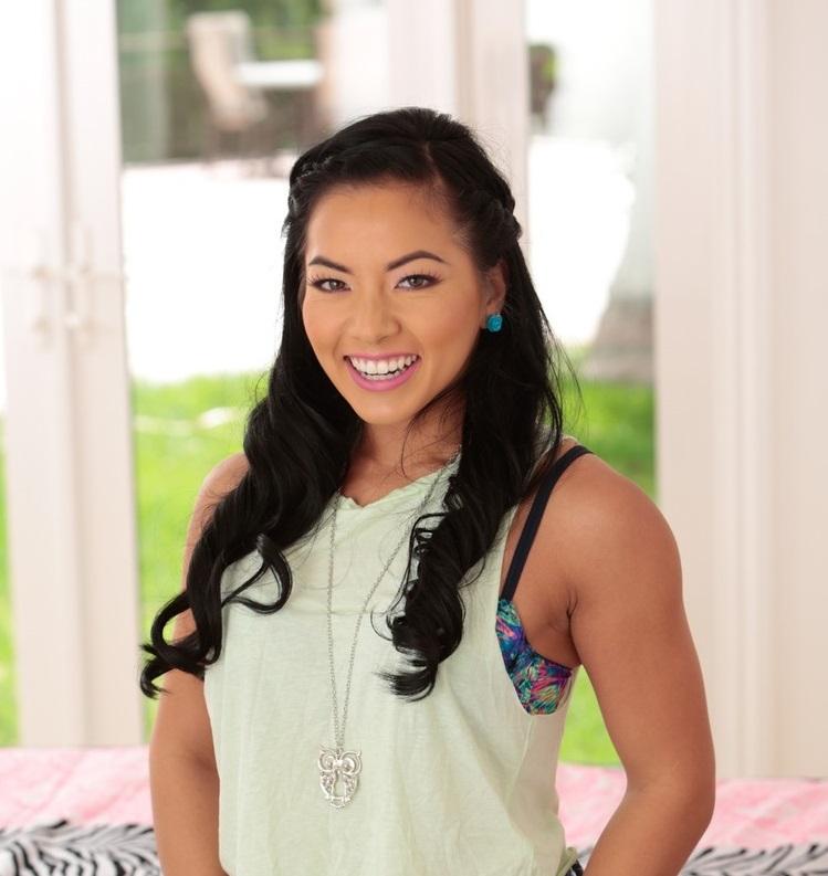 Morgan Lee Wiki & Bio