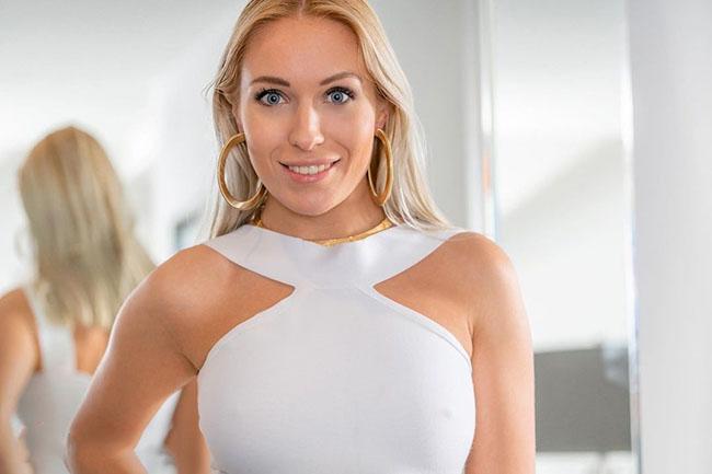 Angelika Grays Wiki